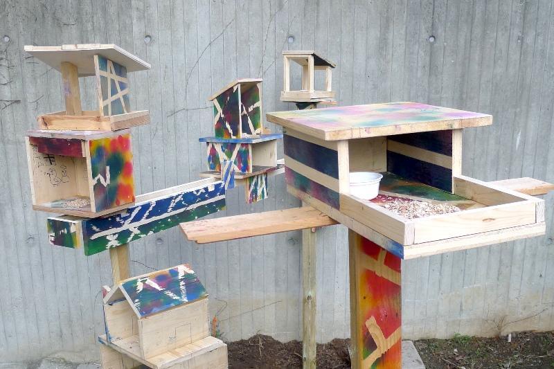 verschiedene Häuser aus Holz